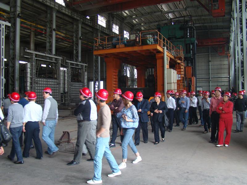 中国船级社武汉分社专家前来我公司开展技术交流